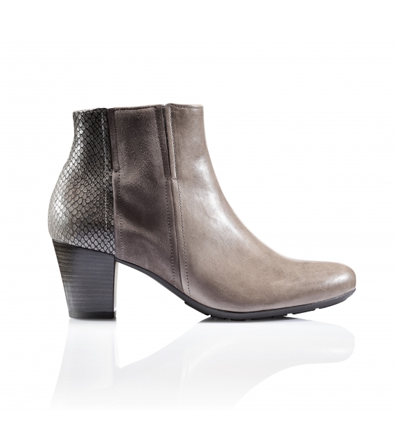 Bottines en cuir à talon