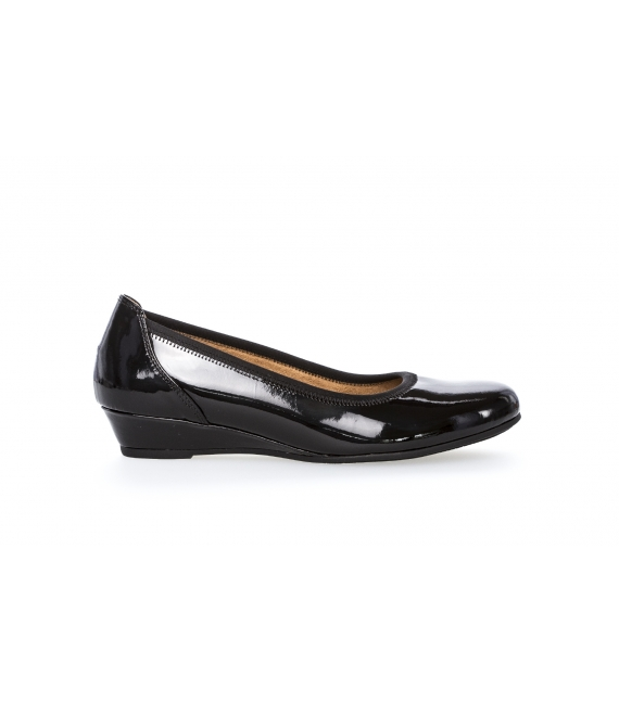 Ballerines noires vernies