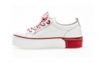 Sneakers blanches et rouges